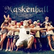 dame-maskenball