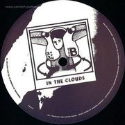 der-opium-queen-in-the-clouds